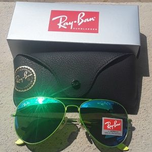 Brand New All Green RayBan Aviators 62mm